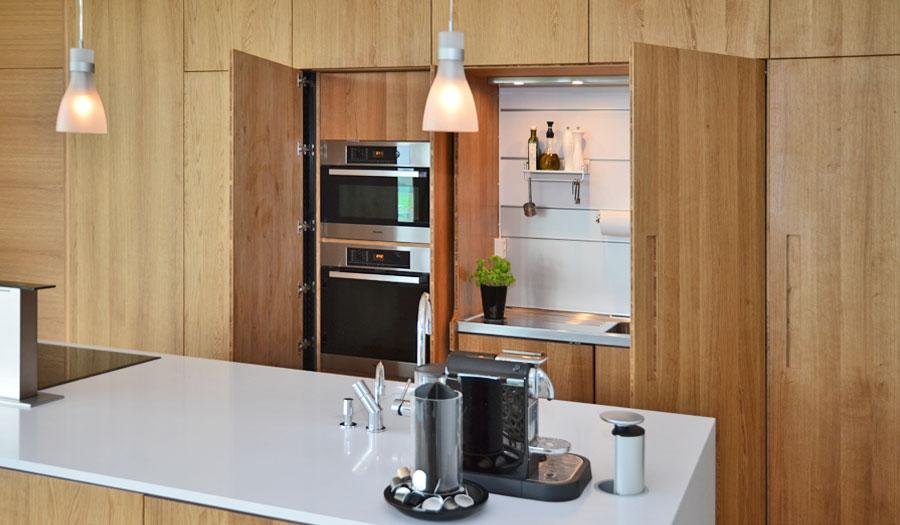 Kjøkken med utenpåliggende fronter