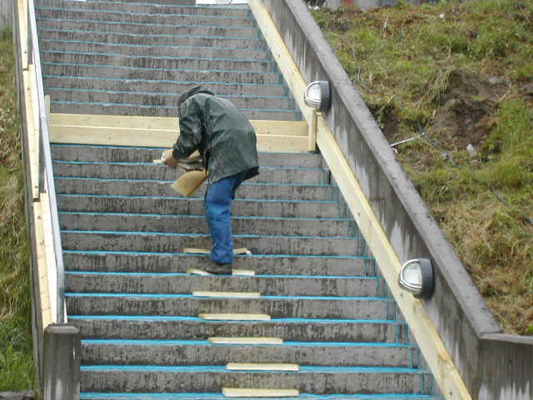 Støpt trapp med varmekabler