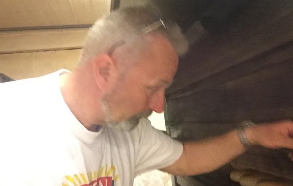 foran ovnen