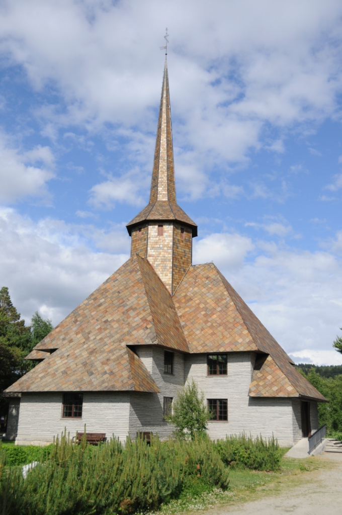 Dombås Kirke