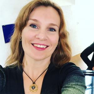 Selfie av en lykkelig Paro