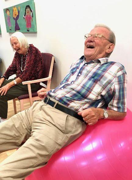 privat omsorg for eldre økt livskvalitet trening og aktivitet