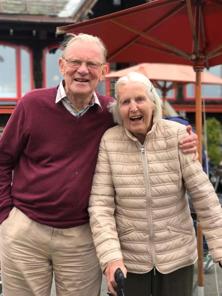 privat omsorg for eldre økt livskvalitet tur med eldre
