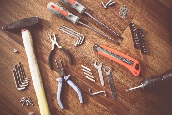 Ulike typer verktøy(hammer,tenger mm.)