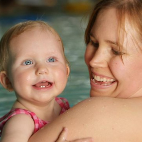 Babies benefit from early water lessons